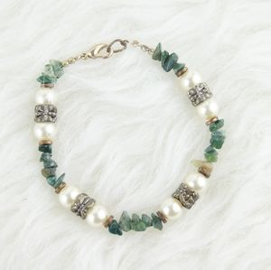 ⭕ [MUST BUNDLE] Green Stone Bracelet